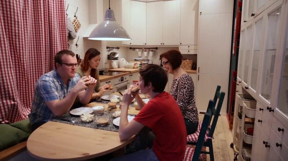 BAE Family at table